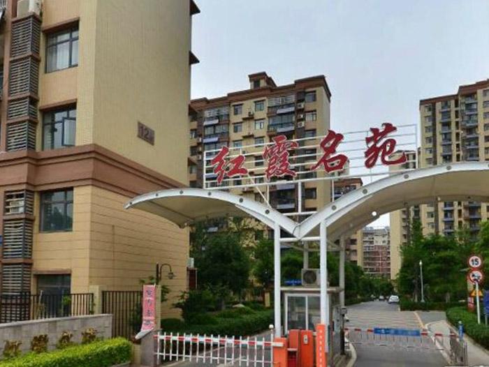 红霞名苑-武汉水泥泡沫板工程